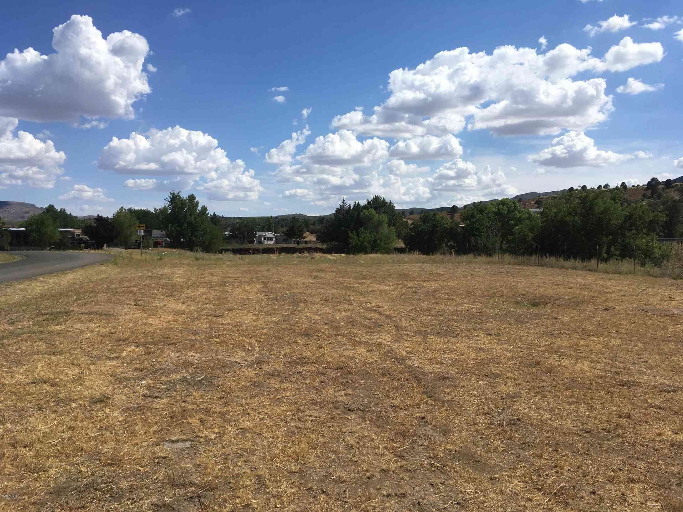 18179 S Pioneer Avenue #-, Peeples Valley, AZ, 86332,