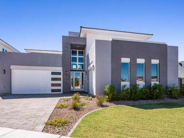2912 S SANDSTONE Court, Gilbert, AZ, 85295,