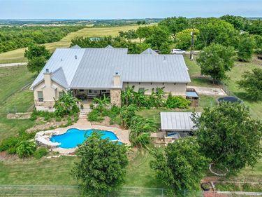 441 Herrmann Hill Road, Kingsbury, TX, 78638,