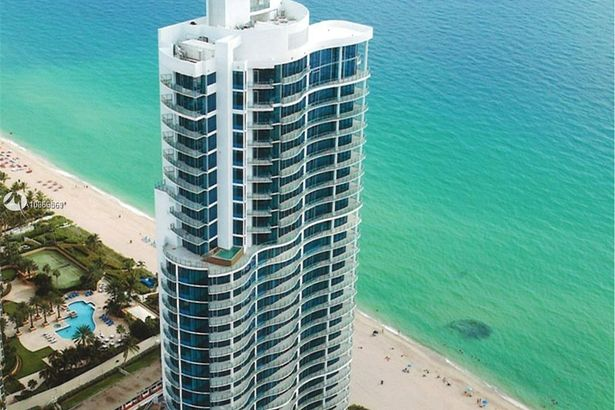 17475 Collins Ave #3101