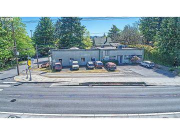 2502 SW MULTNOMAH, Portland, OR, 97219,