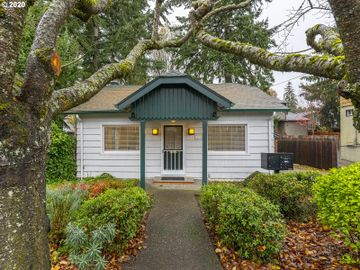 7435 SW CAPITOL, Portland, OR, 97219,