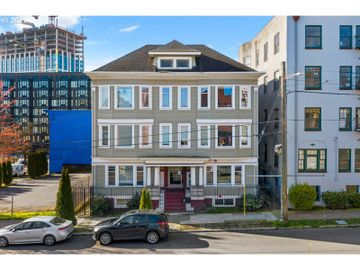 1714 NW COUCH #21, Portland, OR, 97209,