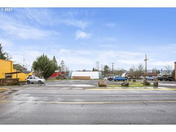 Maple, Yamhill, OR, 97148,