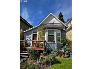 3521 NE 8TH, Portland, OR, 97212,