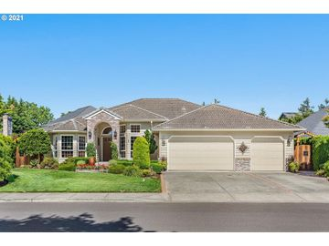 897 N BAKER, Canby, OR, 97013,