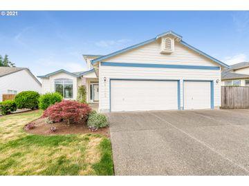 Undisclosed Address, Oregon City, OR, 97045,