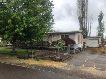 411 WOLFE, Amity, OR, 97101,