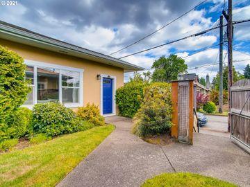 5810 NE 6TH, Portland, OR, 97211,