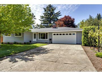 325 SE 154TH, Portland, OR, 97233,