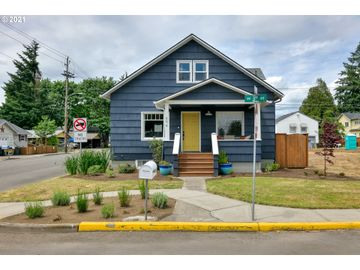 694 NW 3RD, Canby, OR, 97013,