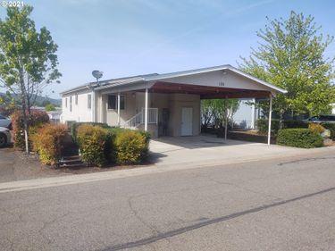 185 Green Vista, Roseburg, OR, 97471,