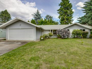800 SE 153RD, Portland, OR, 97233,
