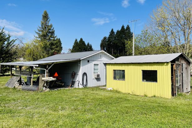 12589 OLD HIGHWAY 99 SOUTH