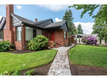 20385 SW BOONES FERRY, Tualatin, OR, 97062,