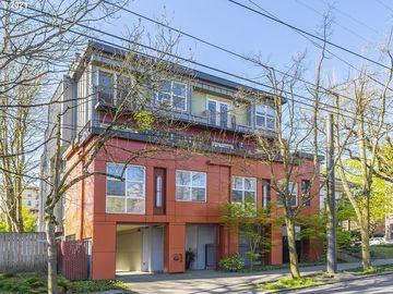 1974 NW LOVEJOY #3, Portland, OR, 97209,