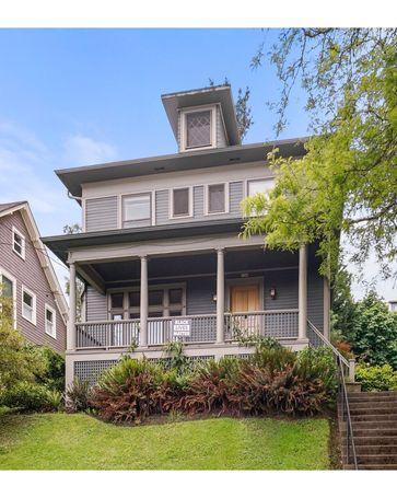 3306 NW THURMAN Portland, OR, 97210