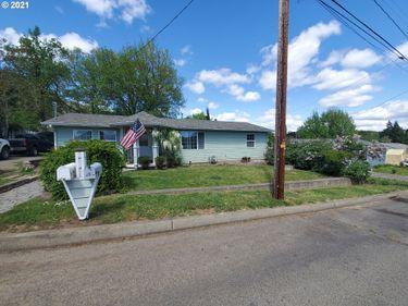 637 NE CRAIG, Myrtle Creek, OR, 97457,