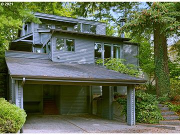 3829 SW SWEETBRIAR, Portland, OR, 97221,