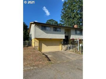 17902 COTTONWOOD, Gladstone, OR, 97027,