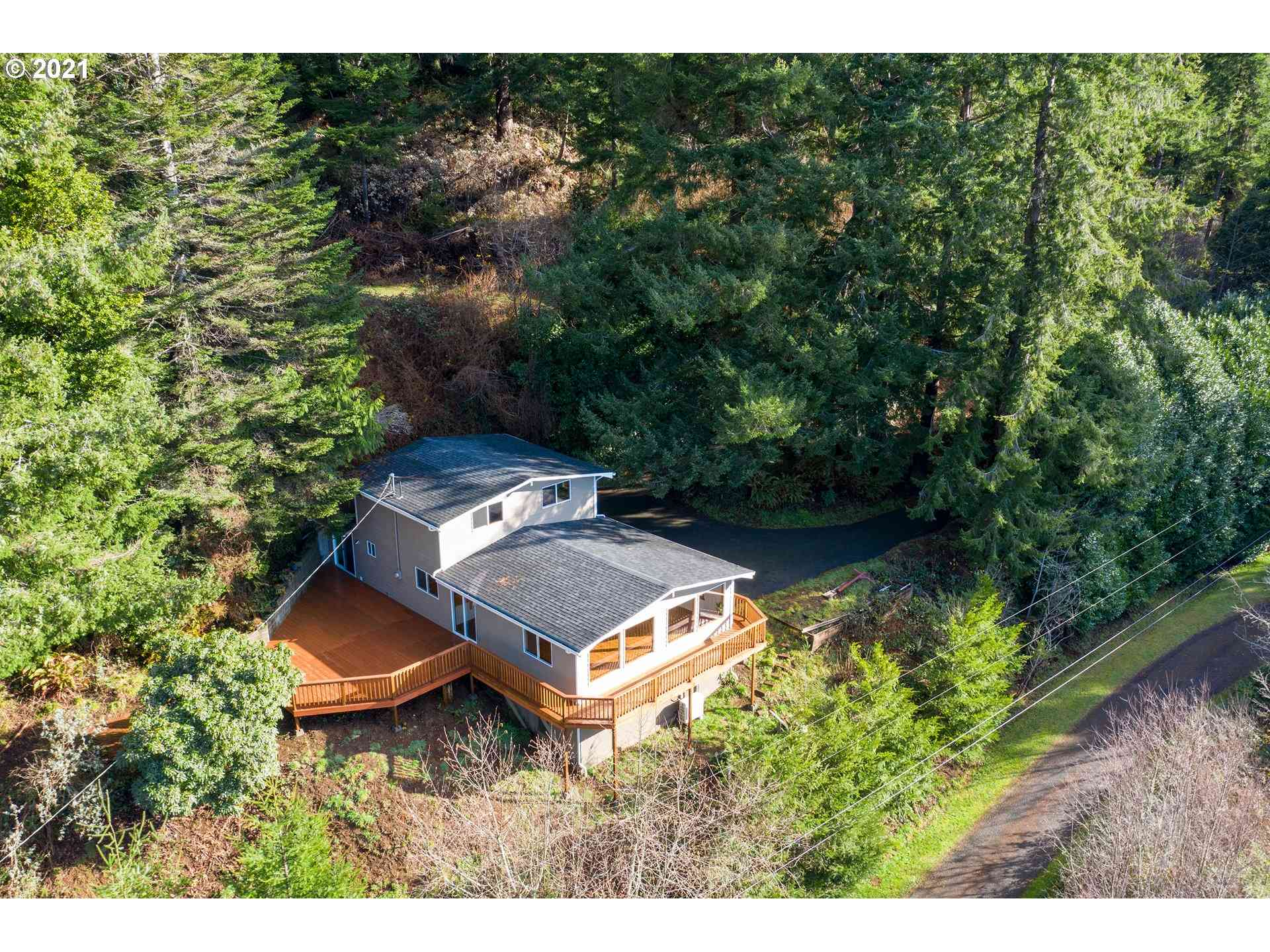 94533 GOLF COURSE, North Bend, OR, 97459,