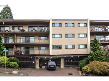 2393 SW PARK, Portland, OR, 97205,