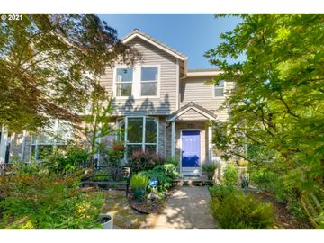 7438 SW CAPITOL, Portland, OR, 97219,
