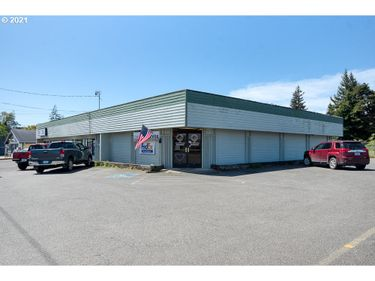 2580 BROADWAY, North Bend, OR, 97459,