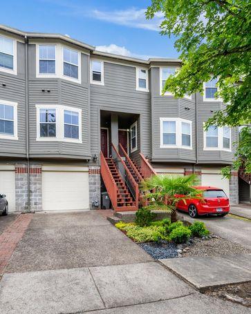 4823 SW 1ST Portland, OR, 97239