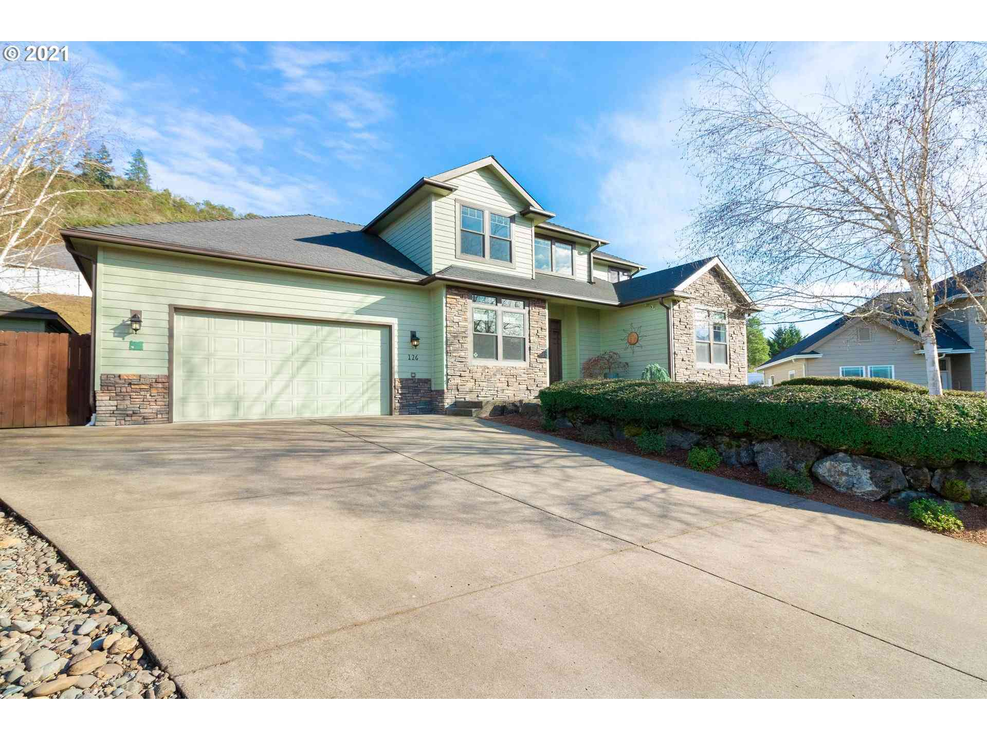 126 CYPRESS, Winchester, OR, 97495,
