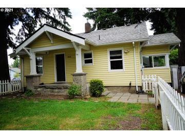 1808 SE 130TH, Portland, OR, 97233,