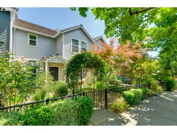 7434 SW CAPITOL, Portland, OR, 97219,