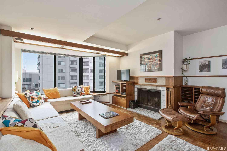 Sunny Living Room, 601 Van Ness Avenue #51, San Francisco, CA, 94102,
