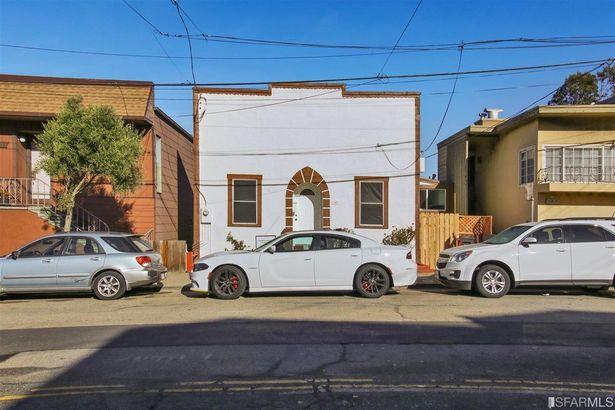 105 Trumbull Street