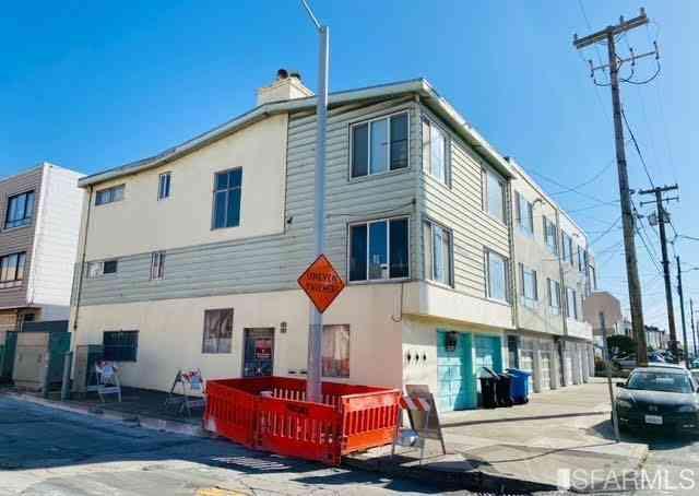 2945 Taraval Street, San Francisco, CA, 94116,