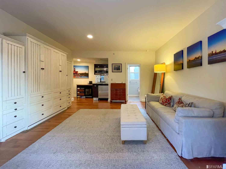 725 Pine Street #203, San Francisco, CA, 94108,