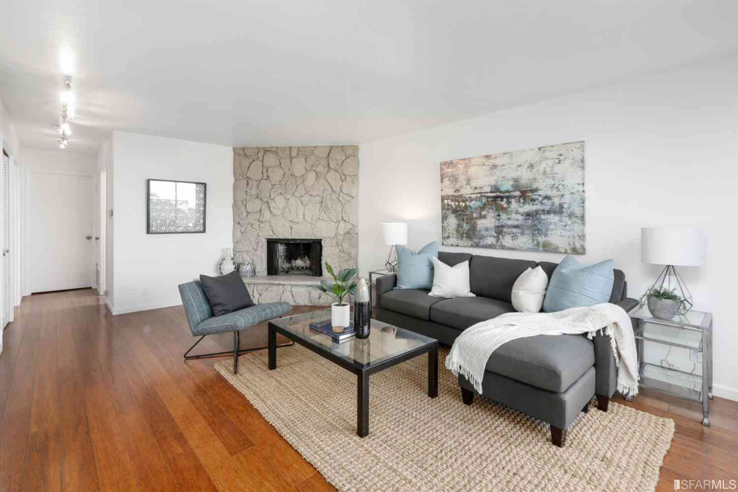 902 Corbett Avenue #4, San Francisco, CA, 94131,