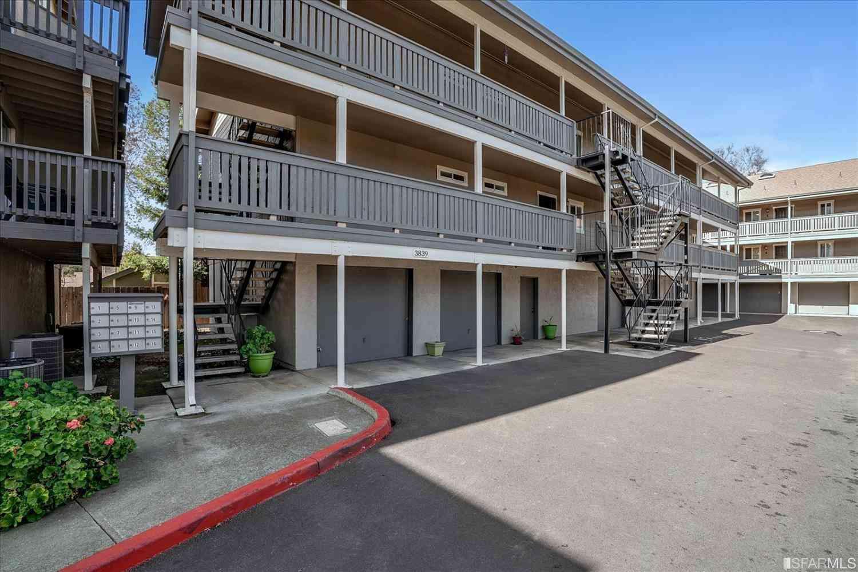 3839 Vineyard Avenue #A, Pleasanton, CA, 94566,