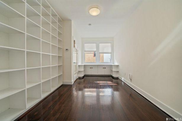 454 Greenwich Street
