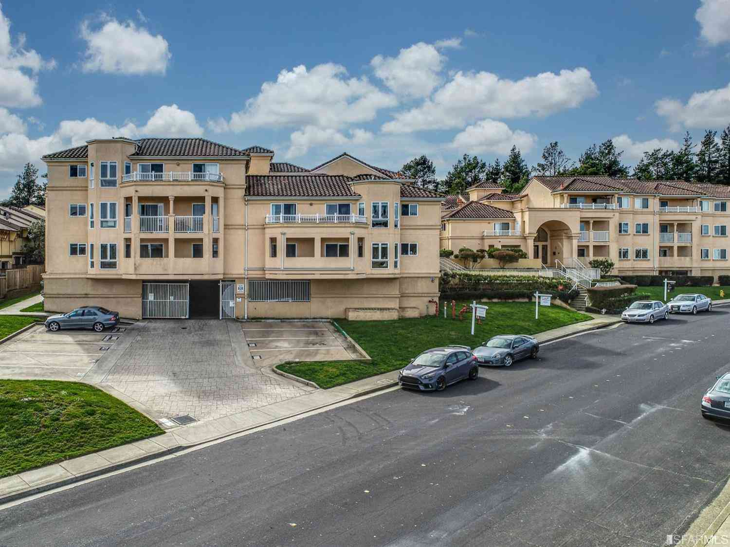 3721 Carter Drive #2304, South San Francisco, CA, 94080,