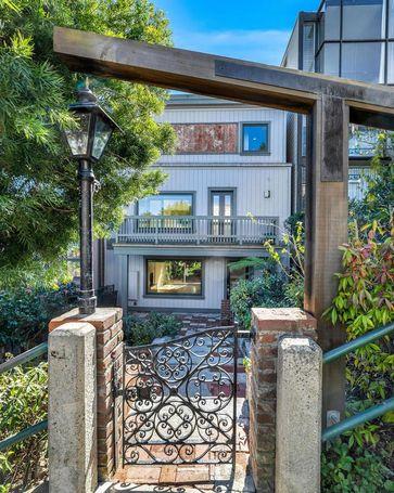 305 Filbert Street San Francisco, CA, 94133