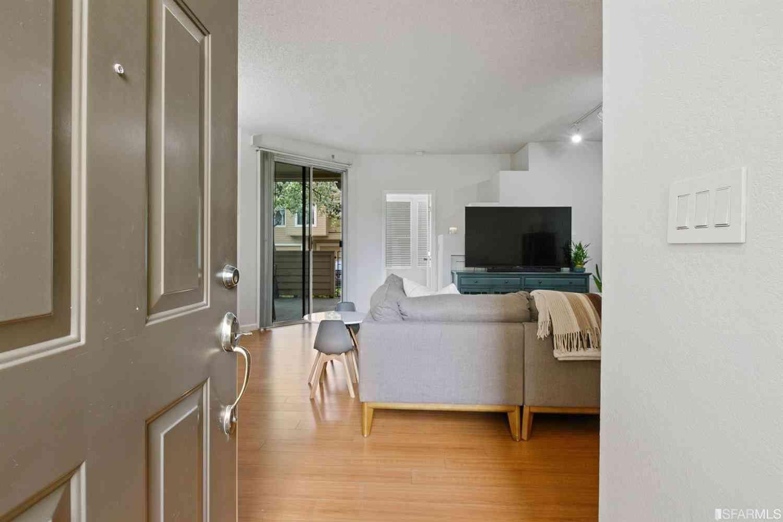 34573 Falls Terrace, Fremont, CA, 94555,