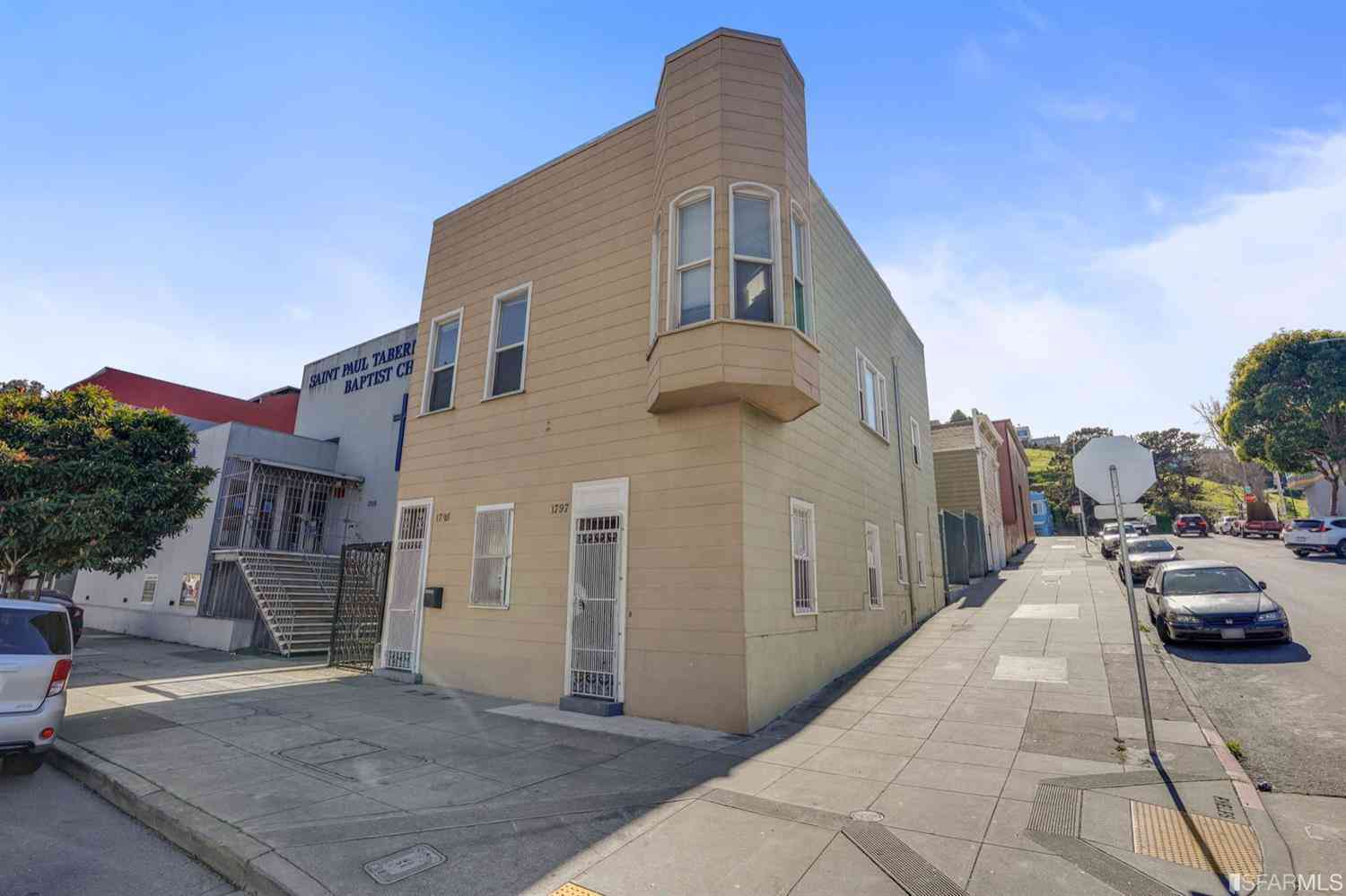1795 Oakdale Avenue, San Francisco, CA, 94124,
