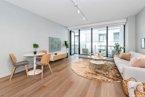 555 Golden Gate Avenue #8B2