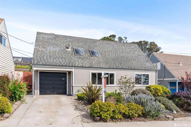 551 Heathcliff Drive, Pacifica, CA, 94044,