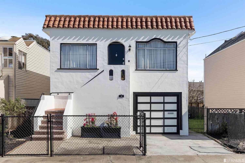 43 Carr Street, San Francisco, CA, 94124,