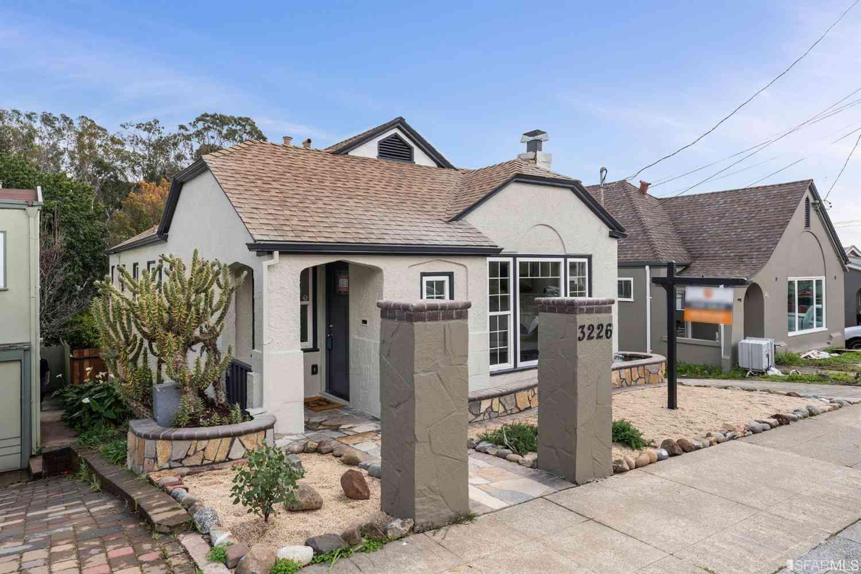 3226 Millsview Avenue, Oakland, CA, 94619,