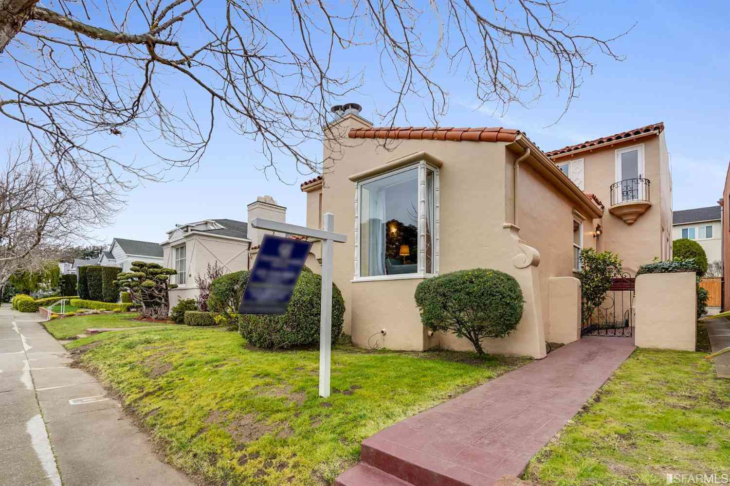 2956 19th Avenue, San Francisco, CA, 94132,
