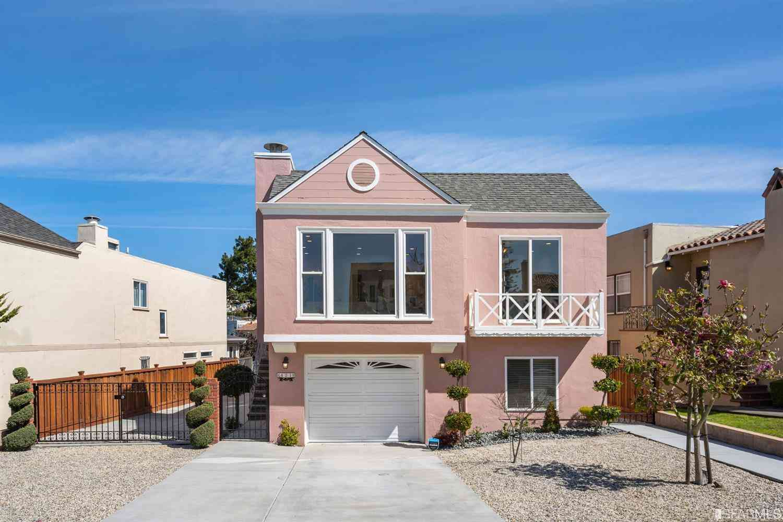 421 Urbano Drive, San Francisco, CA, 94127,