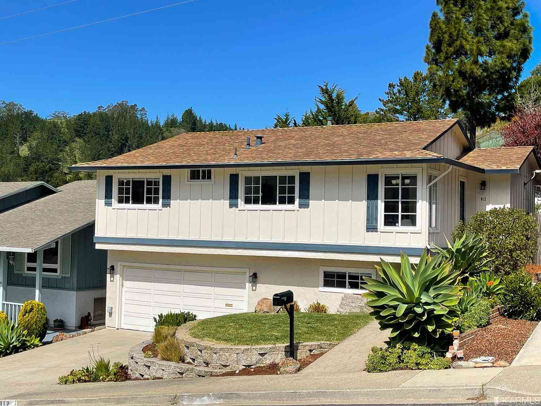 812 Prairie Creek Drive, Pacifica, CA, 94044,